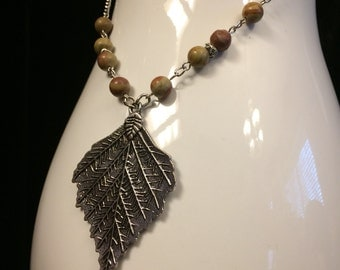 Apple Jasper and Leaf Charm Necklace