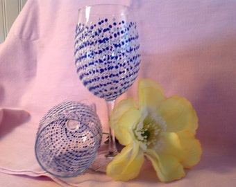 Blue and white polka dotted hand painted wine glasses/(2)gifts for him and her// birthday gift//Mother's Day//Bridal shower//gifts for her