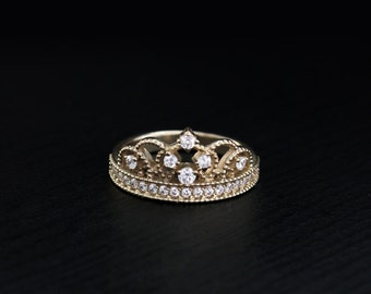 Tiara ring, Delicate crown ring, Vintage style tiara ring, Crown ring, Princess ring crown, Delicate ring, Gift for her, Gift for girlfriend