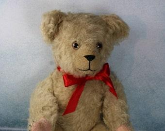 Vintage Straw filled Teddy Bear glass eyes