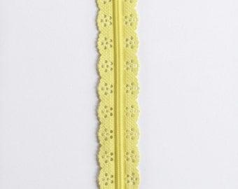 """Light Yellow Lace Zipper - 8"""" Zippers - Bag Zippers - Yellow Zippers - Lace Zippers - Purse Zippers - Sewing Zippers - YKK Zippers - Zippers"""
