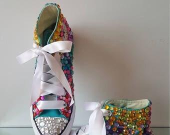 Fiesta Custom Converse, Ombre All Stars, Rainbow Rhinestone Converse, Rainbow Converse, Party Shoes, Coachella Chucks, Festival shoes