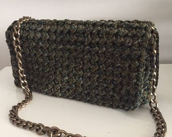 Crochet shoulder bag with chain