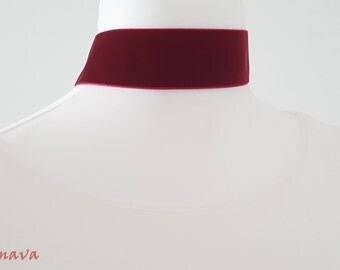 Choker collar necklace velvet red gold Choker