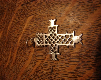 CELTIC CROSS PENDANT- silver