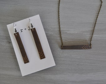 Leather bar necklace and earrings bundle / Gifts for her / Leather jewelry / Simple elegant jewelry