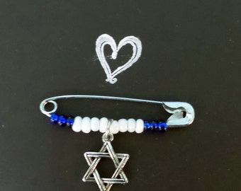 Safety Pin Jewelry//Safety Pin Brooch//Solidarity Pin//Star of David//2 in Safety Pin//Beaded Safety Pin//Jewish Pin//Charm Pin//Protect