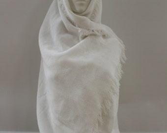 Plain Shawl (White)