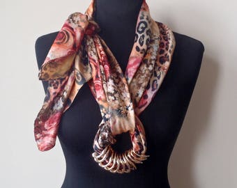 Scarf-necklace 272