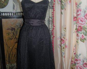 Vintage lace strapless dress  Clockhouse 12