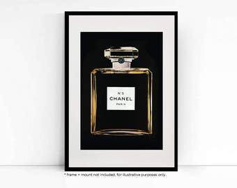 chanel no 5 marketing mix The investment is part of the campaign in a sense, as chanel wants to position no 5 as the ultimate luxury brand of the market, says ms etchebarne, and to ask the question: at what point are you adding to the luxury of your brand's image , or just increasing the costs of your communications strategy.