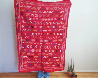 Vintage Moroccan Tapestry Rug in Red