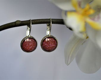 Original round earrings with a red print / Bijoux rouges