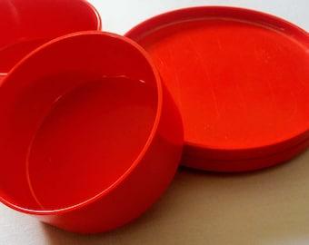 Heller Plasticware, Red