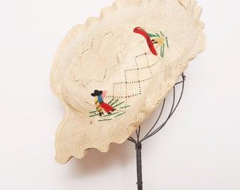 Vintage 40s straw hat / embroidered woven straw hat / wavy brim summer hat /Mexican souvenir hat