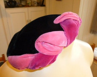 Black and hot pink velvet half-hat, circa 1950s