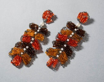Autumn Leaves Earring made using metal  thread plated in onyx.