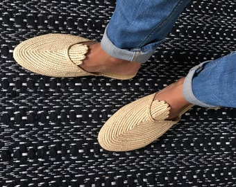 Slipper in raffia quality with detail - handmade - slow fashion