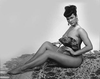 BETTIE PAGE PHOTO #7