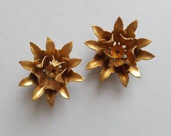 Vintage brass flower findings