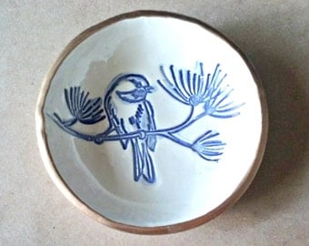 Ceramic Ring Holder Bowl OFF WHITE with Blue Bird edged in gold