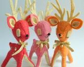Vintage Style Kitsch Felt Christmas Reindeer Fawn Ornament - Coral
