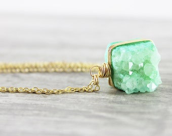 Light Green Druzy Necklace, Druzy Geode Necklace, Green Gemstone Necklace, Gold Filled Necklace, Wire Wrap Necklace, Druzy Pendant Necklace