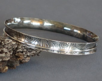 Etched Anticlastic Bangle, Metalwork Bangle, Artisan Bangle, Silver Bangle