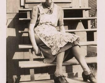Vintage Snapshot Apron Granny Taking a Break on Back Steps