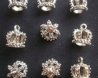 6 Royal Crown Charms Antiqued Silver Tone 16mm