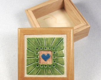 Heart Tile Treasure Box ~ Keepsake Jewelry Box ~ blue ~ Lime