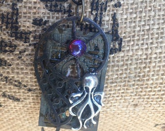 Steampunk Fantasy Gothic Pirate Cthulu Octopus Pendant Necklace