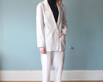 white speckled 2 pc suit | blazer high waisted trousers | 1990s | medium
