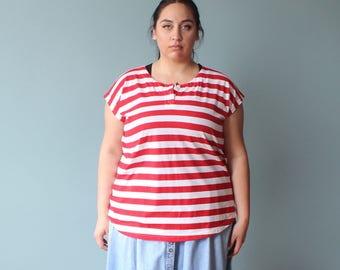 plus size top | vintage plus size shirt | red and white stripes | 1980s XXL