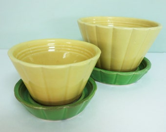 Two Shawnee Pottery Flower Pots in Yellow and Green, #533 and #534, Vintage Matching Pair, Small & Medium Size
