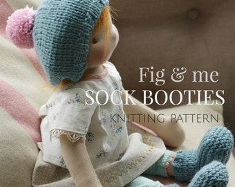 Doll clothing knitting pattern, Waldorf Style Doll clothes, Boot pattern, DIY, Sock booties by Fig and Me