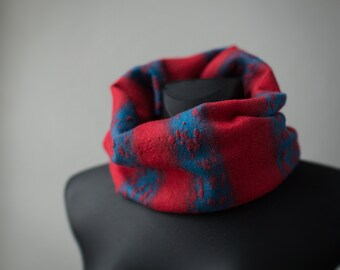 Infinity scarf - Red and blue snood - Felted neck warmer - Striped textured surface snood - Circle loop shawl merino wool woolen cowl