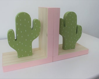 Cactus Bookends ,Light Pink Accent, Cactus Nursery, Cactus Kids Decor, Greenery, Succulent, Succulence, Green Cactus Decor, Wood Bookend,