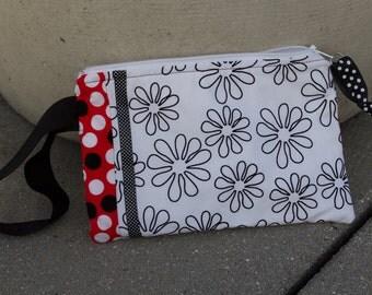 Daisy zipper bag