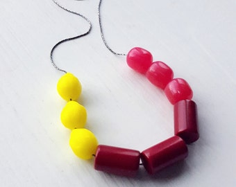 easy peasy - necklace - vintage lucite remixed - fuchsia lemon burgundy colorblock