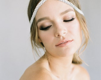 """Boho hair chain with ivory and crystal detail """"Zelda"""""""