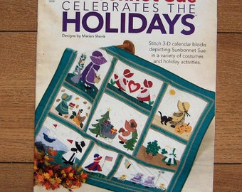 2004 sewing applique quilt pattern Sunbonnet Sue celebrates the holidays