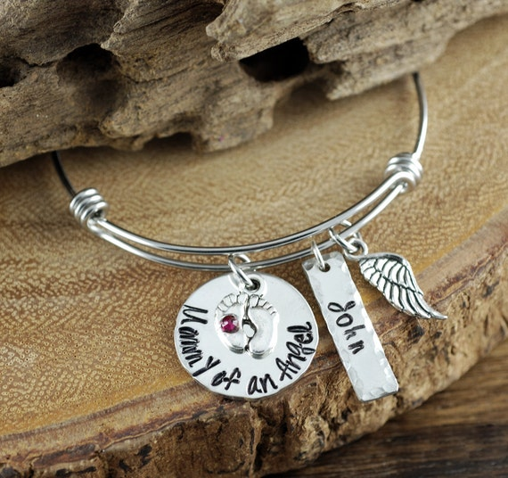 Mom of an Angel Bracelet, Personalized Mom Bracelet, Loss of Baby, Infant Loss, Remembrance Bracelet, GIft for Mom, Miscarriage Gift
