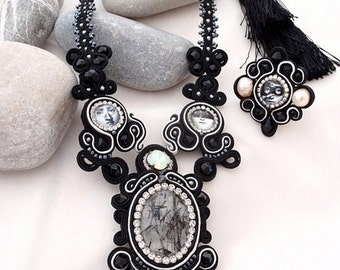 tourmaline crystal statement necklace   black white jewelry   black pave pearl necklace   fornasetti inspiration   fashion jewelry trends
