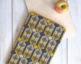 Geometric Cutting Board // Midcentury Modern // Wood Serving Board // Three Sizes // Round, Square, Rectangular // De-Lux Design // Kitchen
