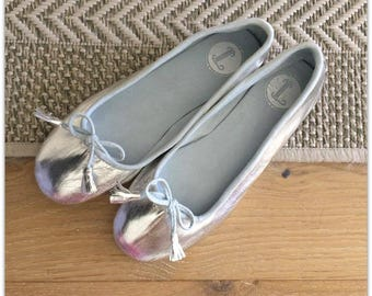 37-COCO- LUXE Ballet Flats - Leather Shoes - 37 - SILVER. Available in different sizes