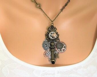 Steampunk Key Necklace, Steampunk Necklace, Assemblage Steampunk Necklace, Victorian Steampunk, Steampunk Gears, Statement Necklace, N866