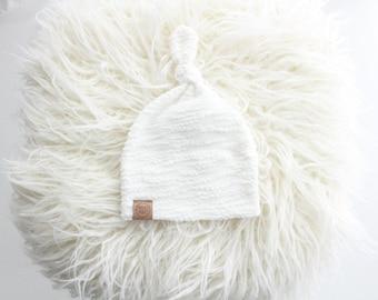 Soft white loop knot beanie | newborn beanie | newborn hat | infant beanie | baby's first hat | newborn gift | baby hat | neutral
