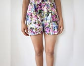 S - Floral Shorts with Bow and Pockets