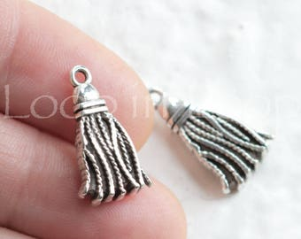 Tassel Charm Antique Silver Tone Bohemian Boho pendant Pompom Design European Charms Quality Greek Casting (1 piece) TH176